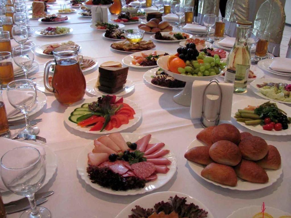 Организация поминальных обедов